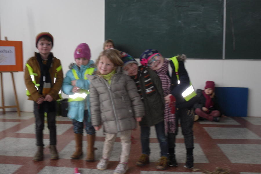 Joepie, we zitten nu in de klas van juf Heidi! Wat worden we groot.